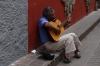 Playing the harmonica & guitar in Guanajuato