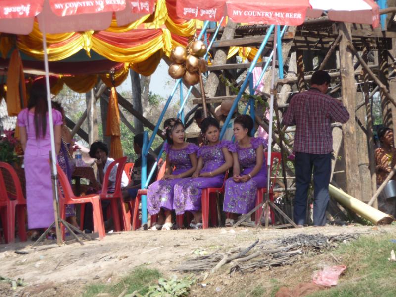 Wedding celebrations in Kompong Phhluk floating village